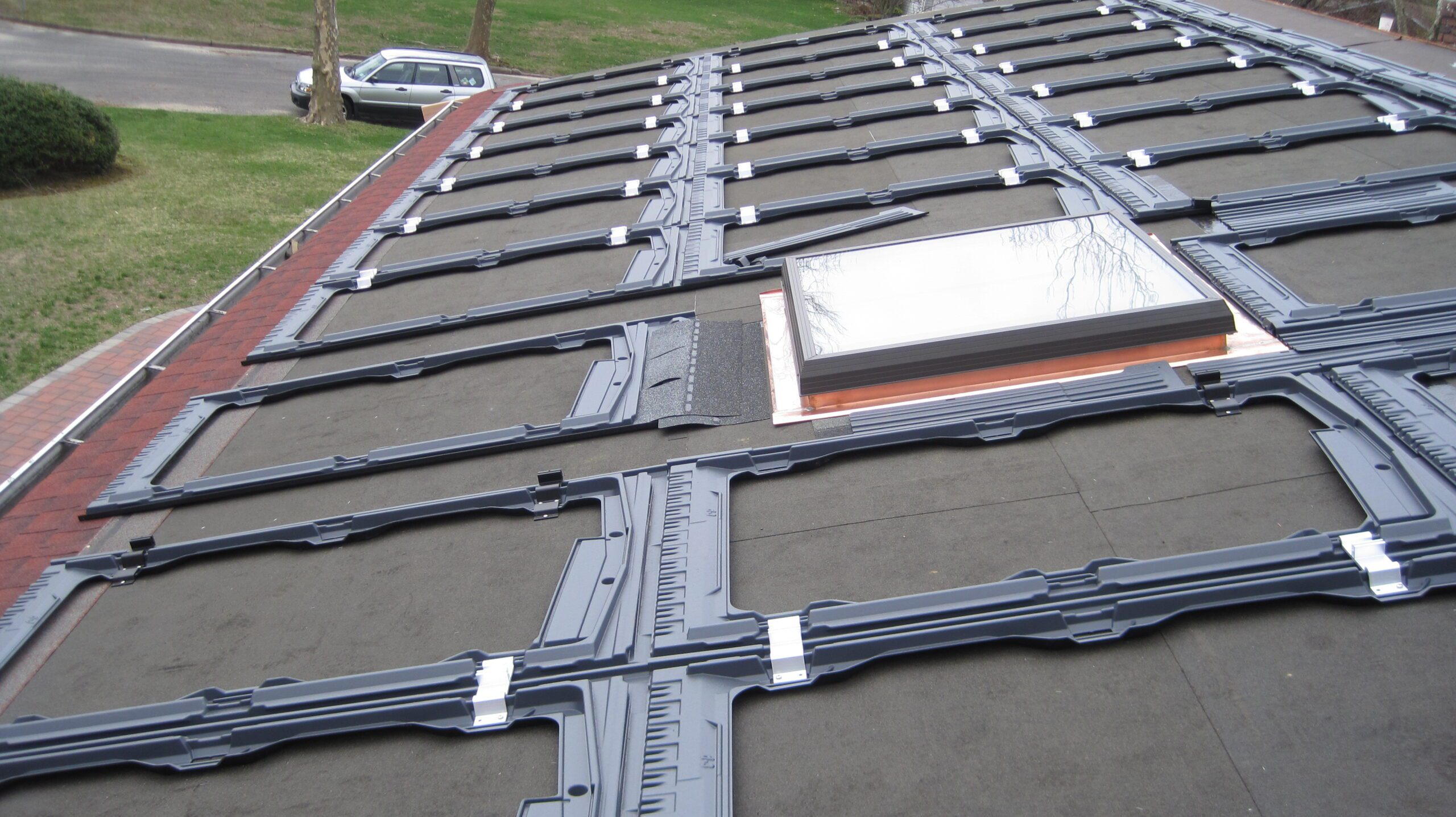 E-Z Roof Mounting System - Commack, NY